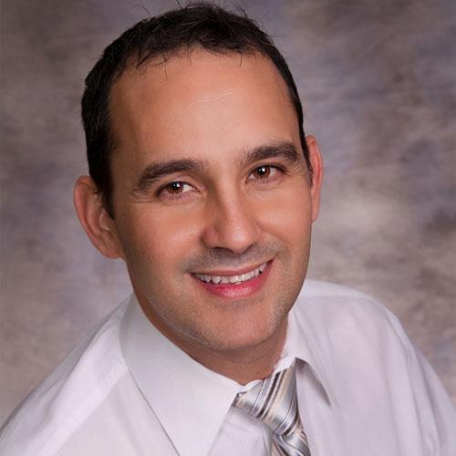 Dr Ihosvani Miguel